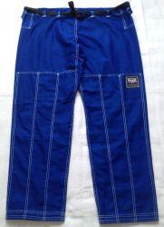 Calça azul royal TK com costura branca